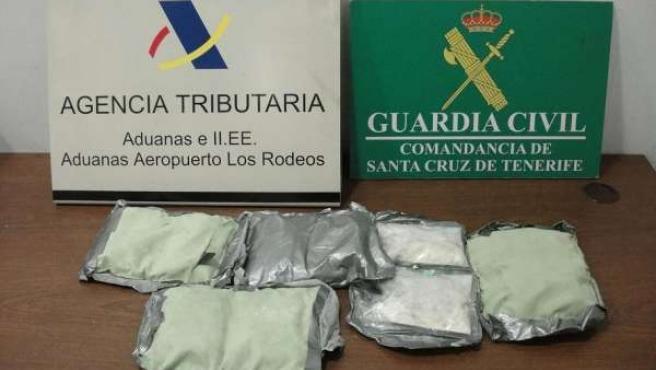 Droga incautada por la Guardia Civil en el aeropuerto de Los Rodeos, Tenerife