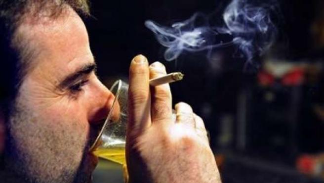 La nueva ley antitabaco entra en vigor este 2 de enero.