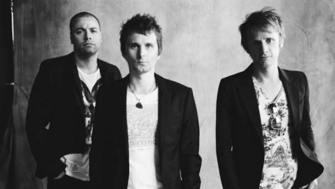 Los componentes de la banda Muse, todavía en la Tierra.