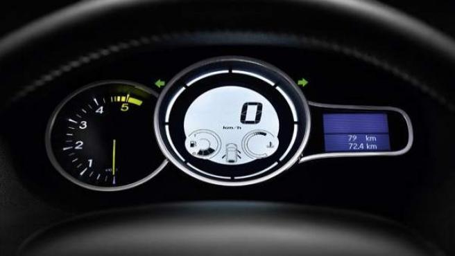 Vista interior de un coche de Renault.