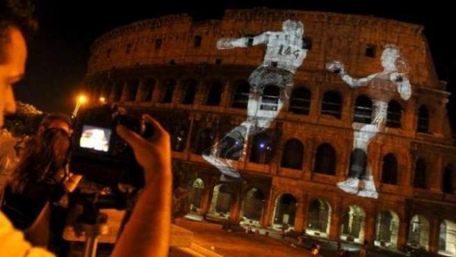 El Colisea romano durante una conmemoración de los Juegos Olímpicos.