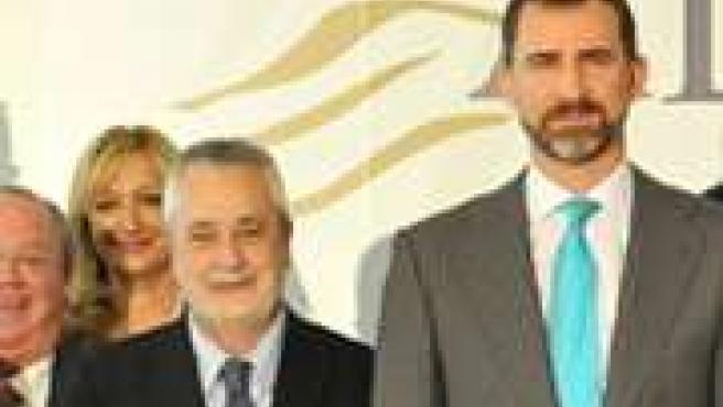 Griñán, con el Príncipe Felipe, en los premios Alas