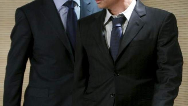 Valdano y Mourinho, en el Santiago Bernabéu.
