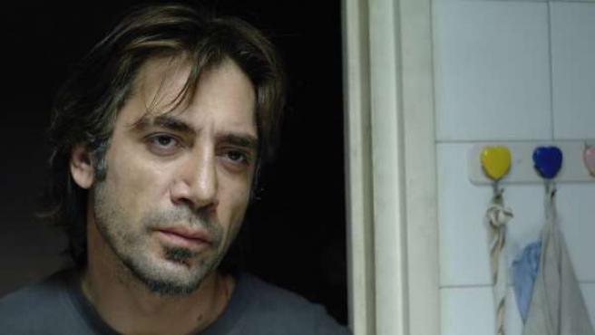 Javier Bardem, en un fotograma de la película 'Biutiful'.
