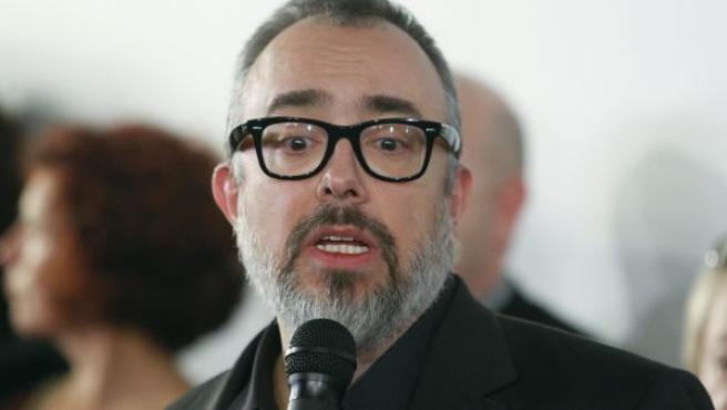 El presidente de la Academia de Cine, Álex de la Iglesia, durante sus declaraciones tras la reunión en la Academia de Cine.