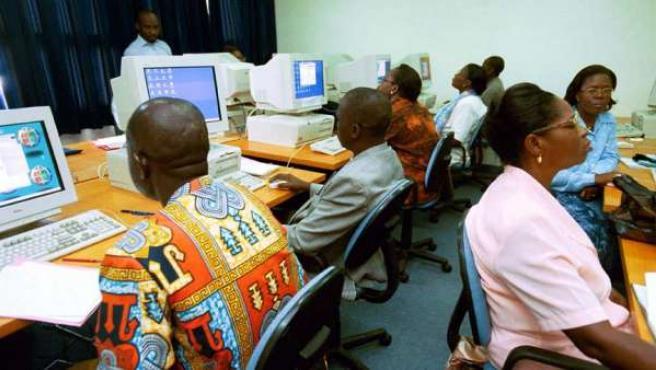 África, a la cola en niveles de penetración de Internet.
