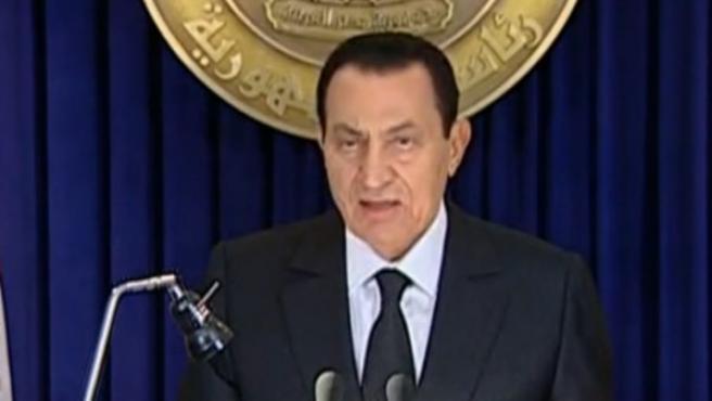 El presidente egipcio, Hosni Mubarak, durante su discurso por la televisión.