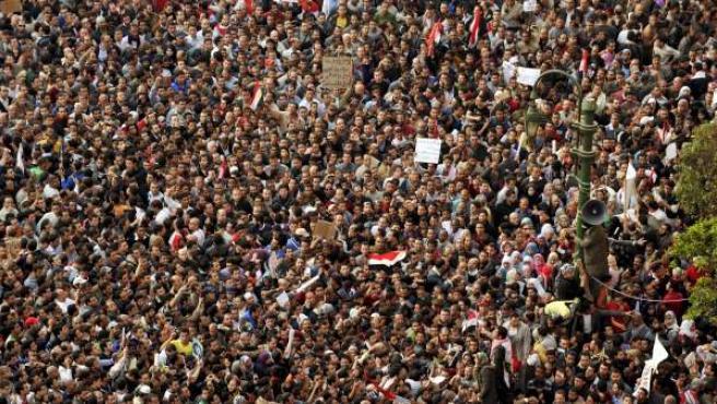 Miles de personas han participado en las protestas de este martes en El Cairo.