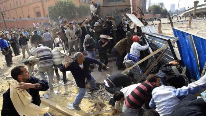 La violencia estalla de nuevo en El Cairo.