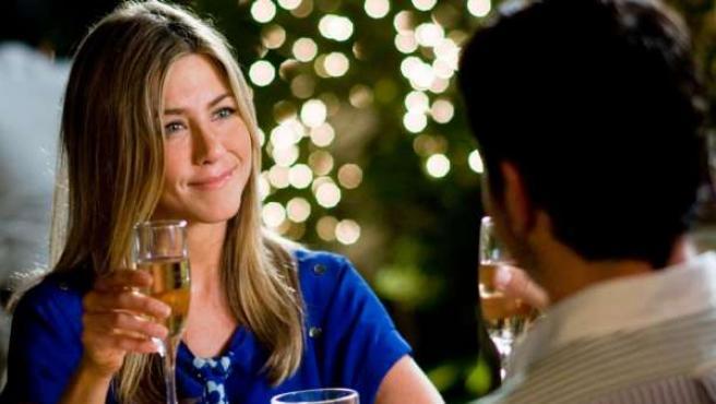 Jennifer Aniston, en un fotograma de la película 'Ex-posados'.
