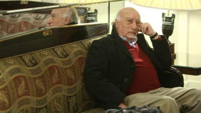 El escritor Manuel Vicent