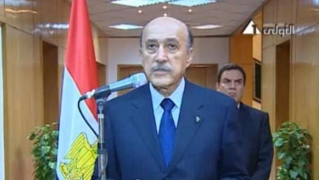 El vicepresidente egipcio, Suleimán, en el momento en el que anunciaba que el presidente del país, Mubarak, abandonaba su cargo.