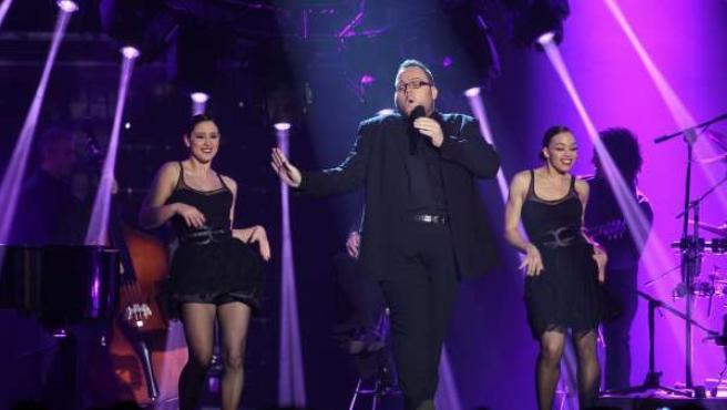 Ramil interpreta una canción en 'Operación Triunfo 2011'.