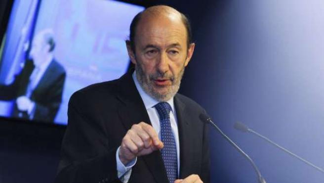 Alfredo Pérez Rubalcaba en rueda de prensa tras el Consejo de Ministros de Interior de la UE celebrado en Bruselas.