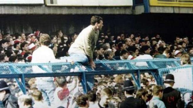 Imagen de los momentos vividos en la 'Tragedia de Hillsborough'.