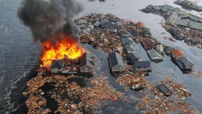 El tsunami provocado por el terremoto de Japón arrasó todo a su paso.