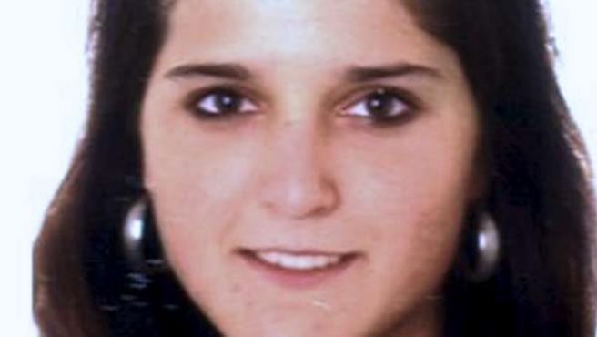 Fotografía obtenida de la página web de los terroristas más buscados de la Guardia Civil de la presunta miembro de ETA Ione Lozano Miranda, que ha sido detenida por la Gendarmería francesa.
