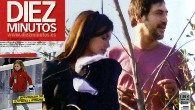 Penélope Cruz y Javier Bardem, de paseo con su hijo.