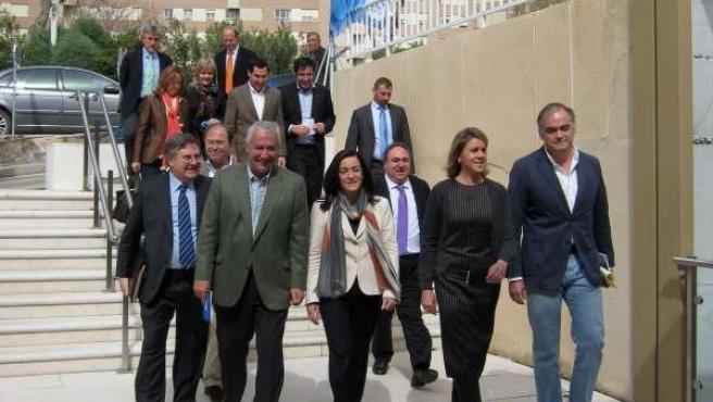Cospedal, Arenas y González Pons entran en la Convención Municipal del PP