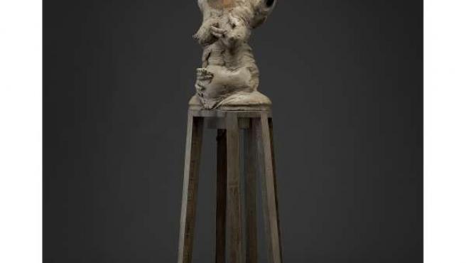 Una de las esculturas de la exposición 'Sensualidad rota' de Miguel Ánguel Martí
