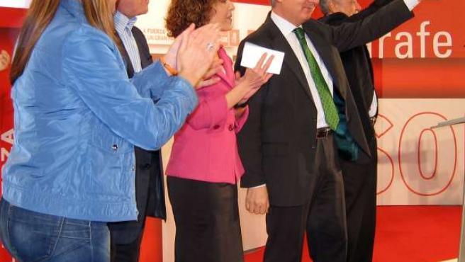 El minsitro de Fomento, José Blanco, y el presidente de la Junta, José Antonio G