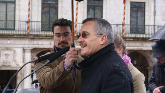 Ortega Lara lee el manifiesto en la marcha a favor de la vida en Burgos