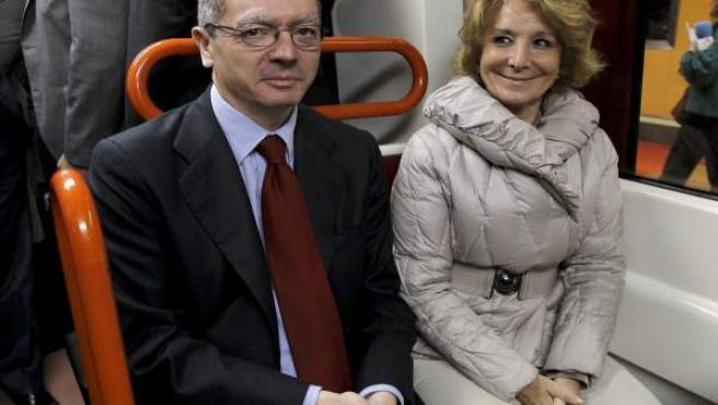 Aguirre y Gallardón durante la inauguración de la ampliación de la línea 9 de Metro.