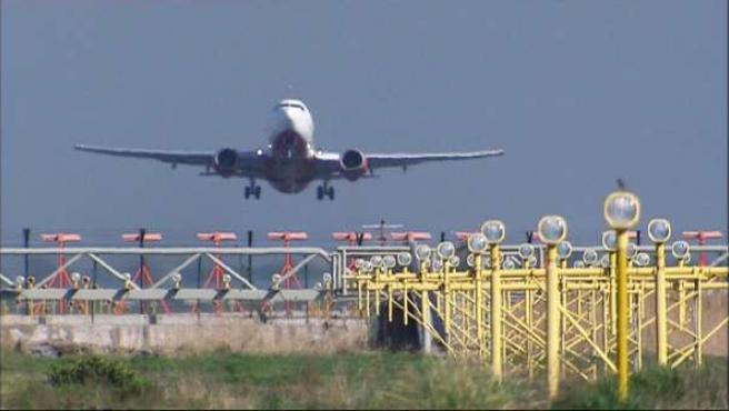 Avión aeropuertos retrasos