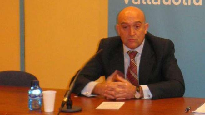 El vicesecretario de Movilización del PP de Valladolid, Jesús Julio Carnero.