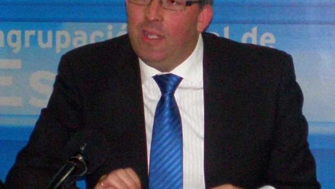 David Valadez, alcalde de Estepona