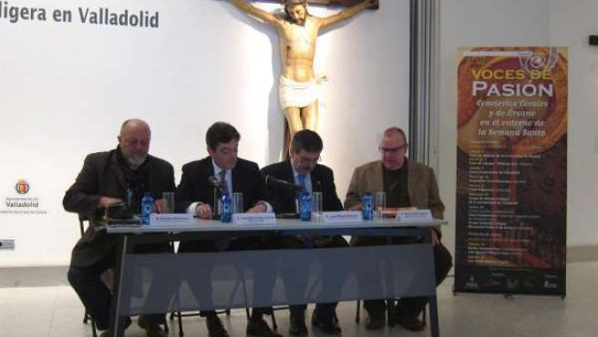 De izq. a drch., Barranco, Viteri, Román y Pérez durante la presentación