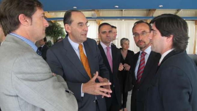 Vidal-Quadras en un almuerzo con emprendedores murcianos