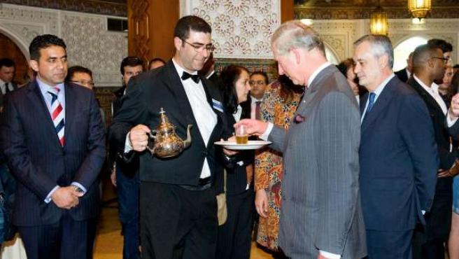 El Príncipe de Gales y el presidente de la Junta en la Fundación Tres Culturas