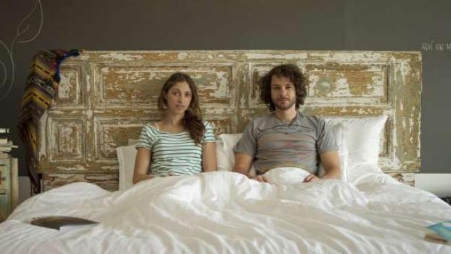 Camy Lázaro e Iván Martín pasarán 40 días en la cama.