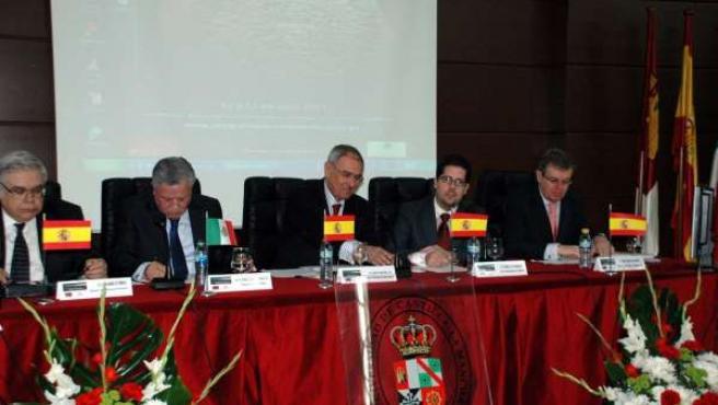 Ernesto Martínez Ataz, Rector De La Universidad De Castilla-La Mancha