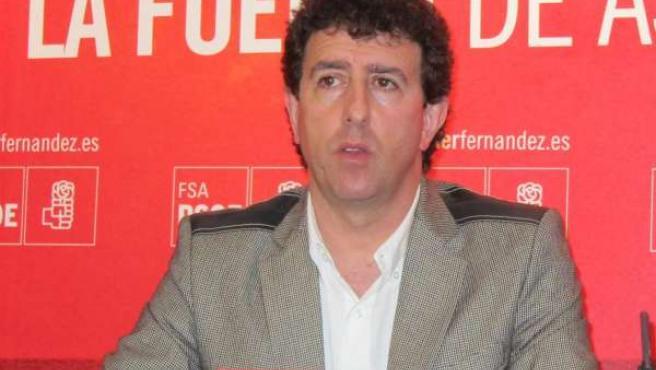 El secretario de organización de la FSA-PSOE, Jesús Gutiérrez.