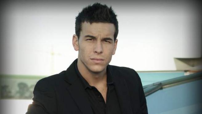 Mario Casas, el actor de moda del cine y la televisión.
