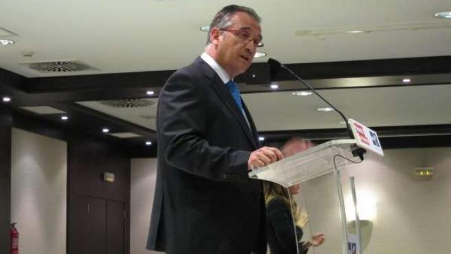 El Candidato De UPN A La Alcaldía De Pamplona, Enrique Maya.