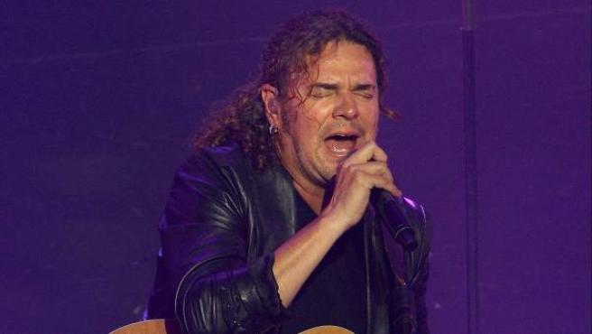 El solista del grupo Maná, Fher Olvera, durante el concierto que el grupo mexicano ofreció en Madrid.