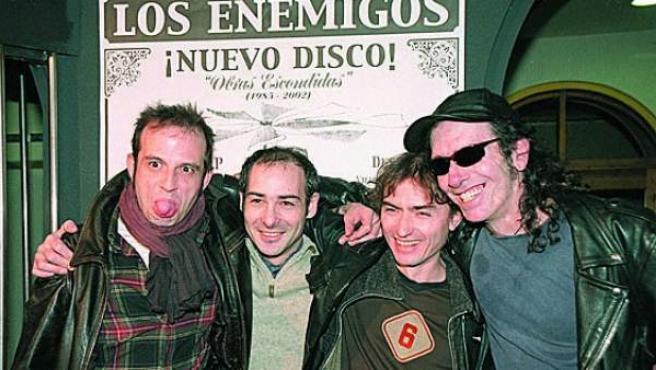 La formación final de Los Enemigos: Josele Santiago, Chema 'Animal' Pérez, Fino Oyonarte y Manolo Benítez, de izda. a dcha.
