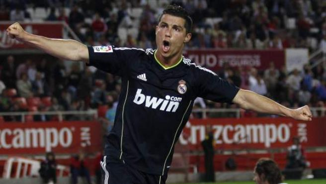 Ronaldo celebra un gol.