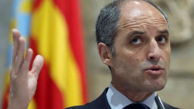 El presidente de la Generalitat, Francisco Camps, en rueda de prensa.