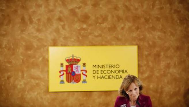 Elena Salgado, durante una rueda de prensa.