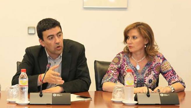 Mario Jiménez, A La Izquierda Durante La Junta De Portavoces
