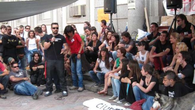 Asamblea De La Plataforma 'Democracia Real Ya' En Huelva.