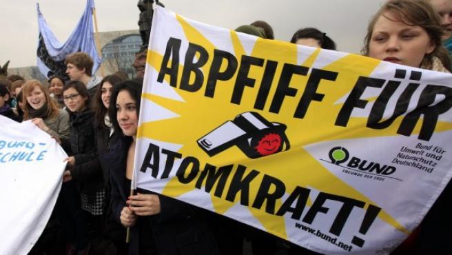 Estudiantes protestando en Berlín contra la energía nuclear.