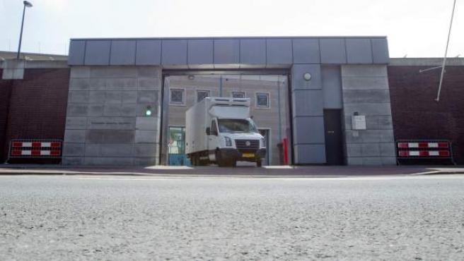 Vista general de la prisión de Scheveningen, en La Haya, donde Ratko Mladic permanecerá internado tras su extradición.