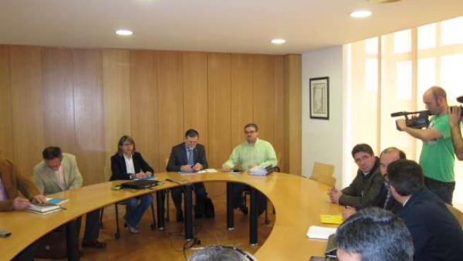 Rosa Quintana, Reunida Con Representantes Del Sector