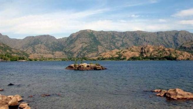 El lago de Sanabria tiene más de 300 hectáreas y una profundidad de 50 metros.