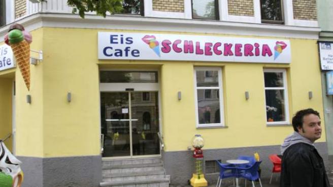 En la imagen, vista exterior de la heladería propiedad de la ciudadana española en Austria.